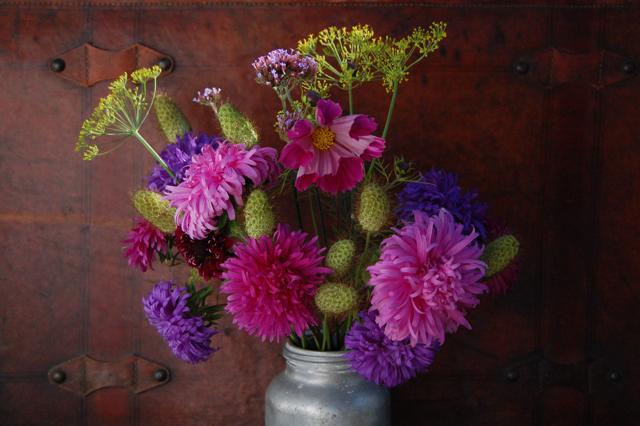 Extending the vase life of flowers