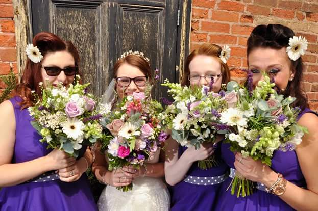 Elaine Smitheman grew these flowers for her daughter's wedding...how cool is that! ...Some Cornflowers among them...lovely!